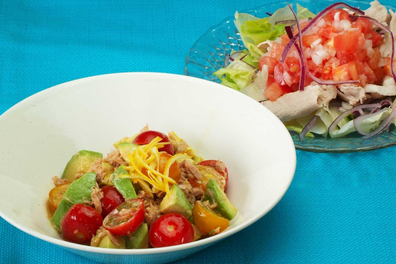 2種のドレッシングで食べる2種のサラダ