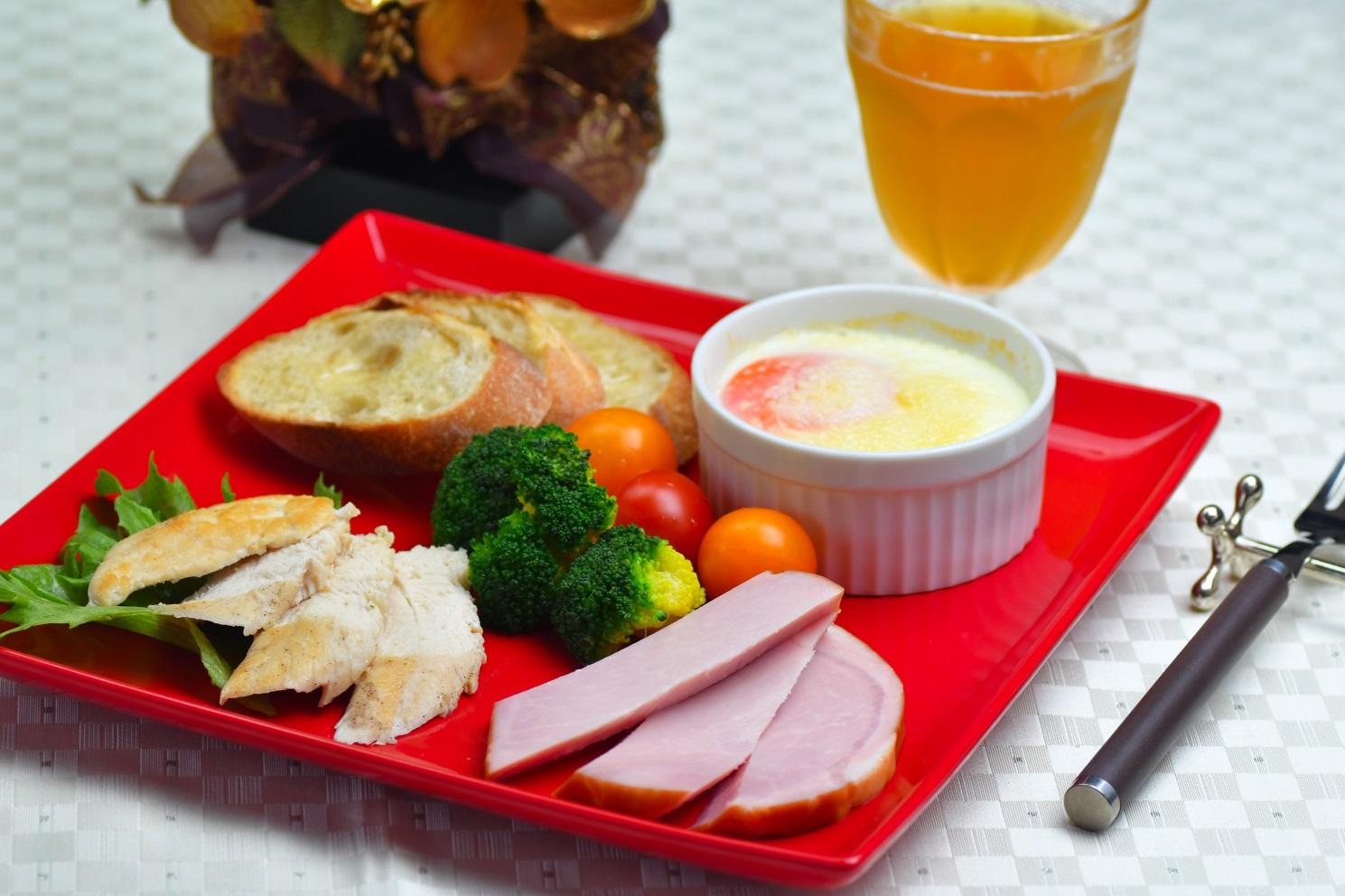 エッグスラットで食べるクリスマスプレート