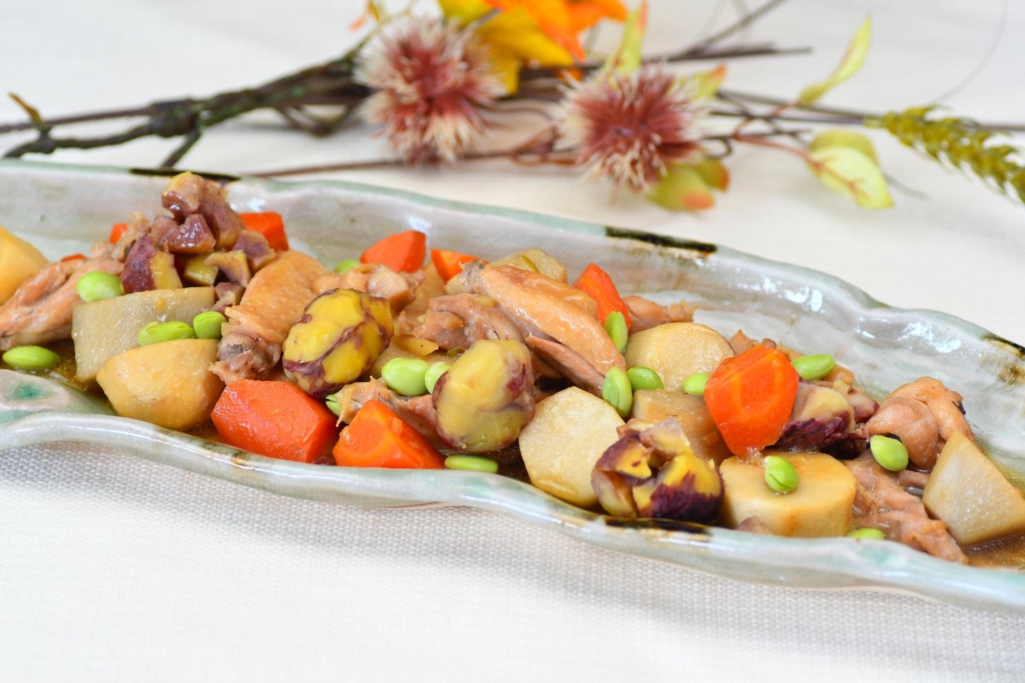 2種の鶏と秋の恵みのほっこり煮