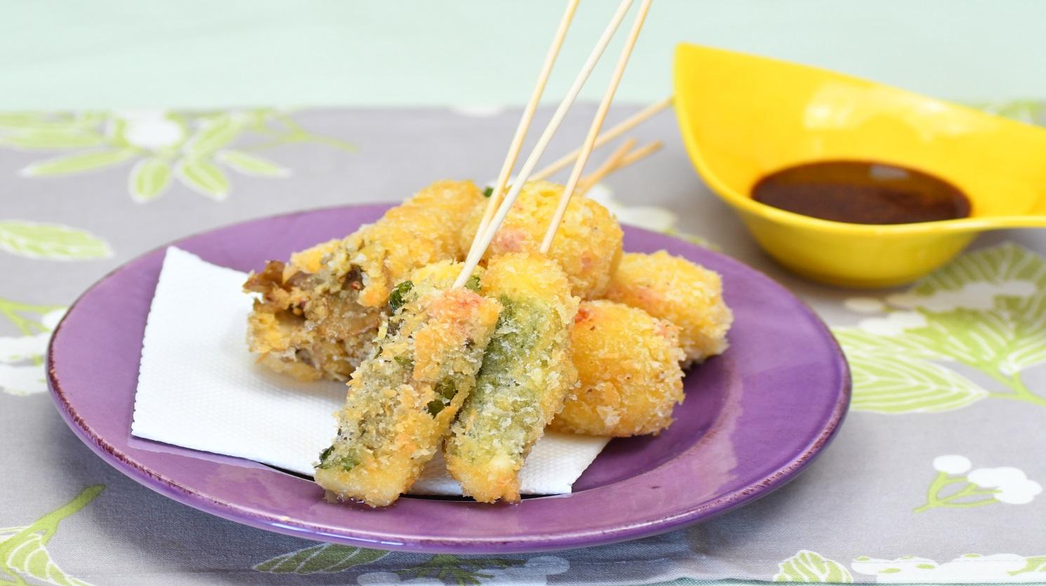 まろやかソースで食べる串カツ色々