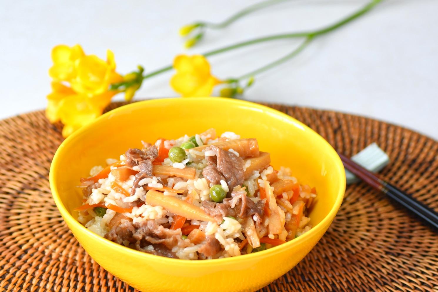 牛肉と筍の混ぜご飯